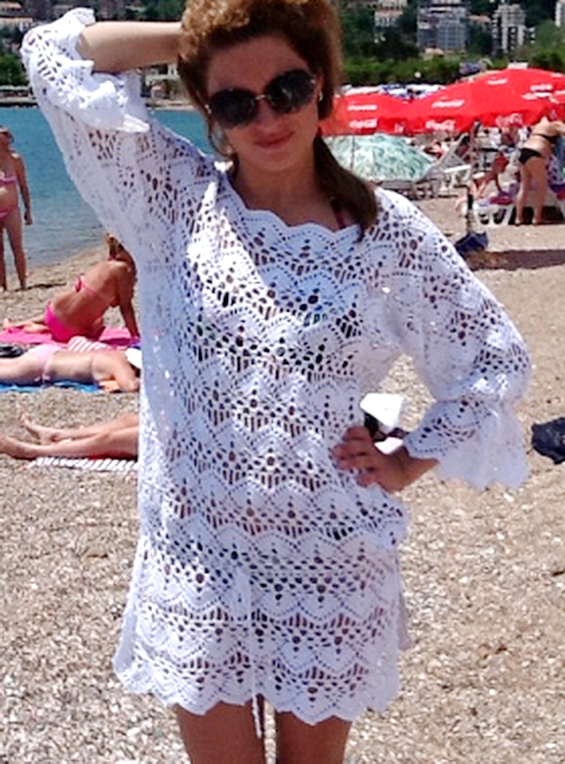 Сказочная пляжная туника крючком веерным узором