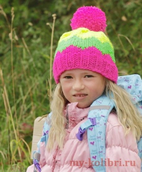 Простая детская шапочка спицами чулочной вязкой «Sun October»