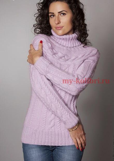 Модный свитер спицами с круглой кокеткой и воротником гольф