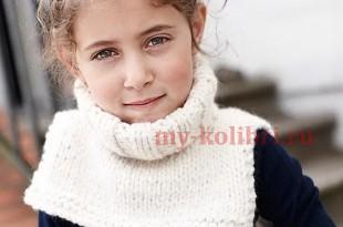 манишка для ребенка спицами платочной вязкой схема