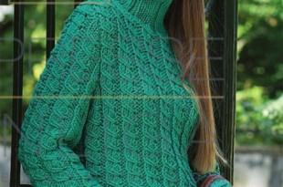 Пуловер спицами узором из кос и резинки