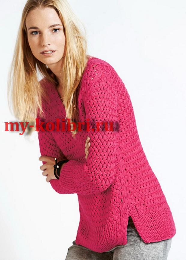 Модны-й свитер спицами, вязанный оригинальным плетеным узором_2