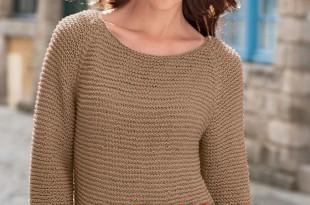 Удлиненный свитер спицами платочной вязкой_1