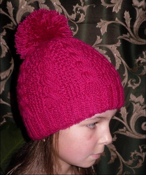 связать шапочку для девочки спицами