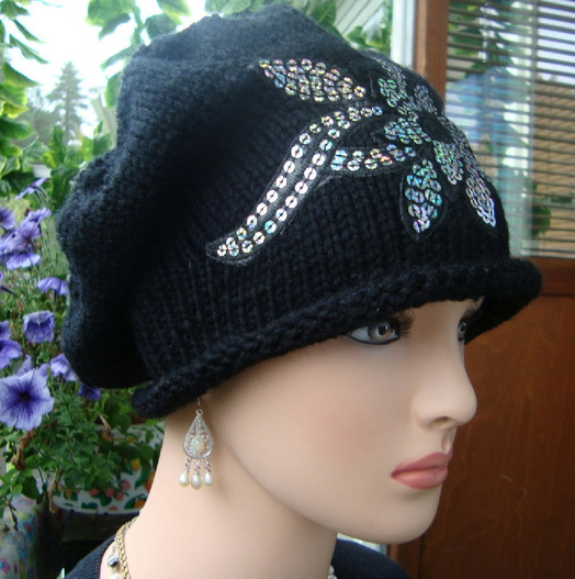 Женская шапка спицами «Felicity»