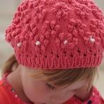 Связать шапочку девочке на лето