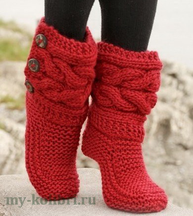 Теплые носки спицами из Drops платочной вязкой и косами