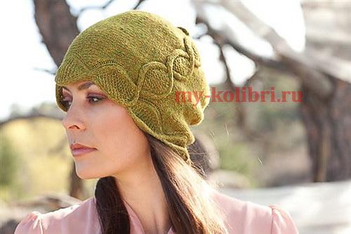 Интересная шапочка спицами «Серпантин»