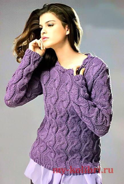 Пуловер спицами с эффектными косами