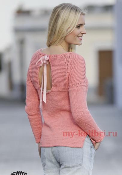 Простой свитер спицами платочной вязкой