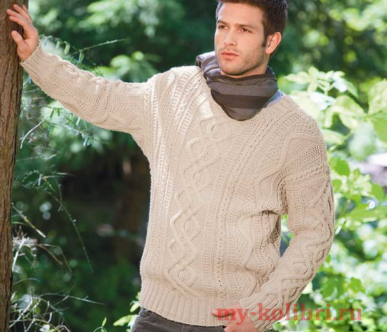 Мужской свитер спицами с чередованием узоров