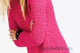 Вязание пуловера спицами плетенным узором с линией рельефа