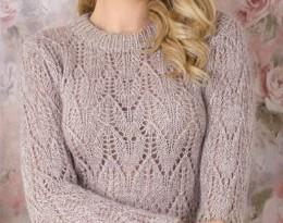 Мохеровый свитер спицами ажурным узором